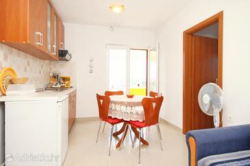 Dining room    - A-8110-a