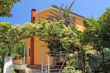Sali, Dugi otok, Property 8110 - Apartments by the sea.