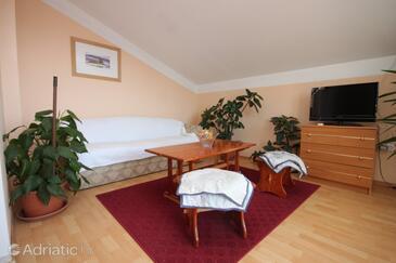 Sali, Living room in the apartment, dopusteni kucni ljubimci i WIFI.