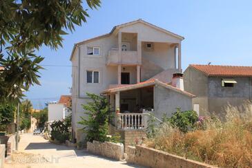 Sali, Dugi otok, Property 8111 - Apartments by the sea.