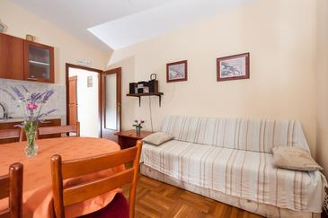 Božava, Living room in the apartment, (pet friendly) and WiFi.