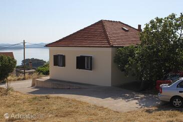Savar, Dugi otok, Объект 8127 - Апартаменты с галечным пляжем.