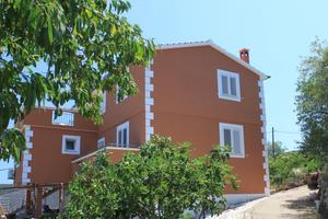 Apartments with a parking space Žman (Dugi otok) - 8133