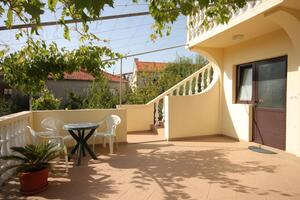 Apartments with a parking space Sali, Dugi otok - 8136