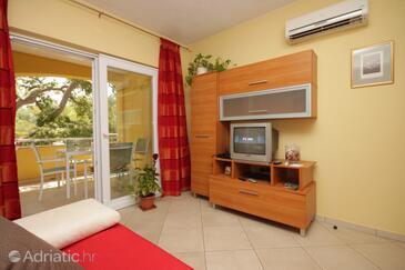 Sali, Living room in the apartment, dostupna klima i WIFI.