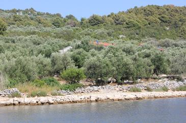 Magrovica - Telašćica, Dugi otok, Property 8139 - Apartments near sea with rocky beach.