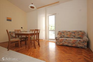 Zaglav, Dining room in the apartment, air condition available, (pet friendly) and WiFi.