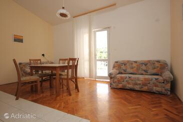 Zaglav, Dining room in the apartment, dopusteni kucni ljubimci i WIFI.