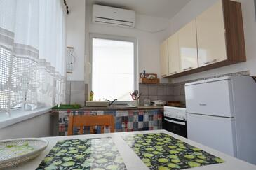 Zaglav, Dining room in the studio-apartment, (pet friendly) and WiFi.