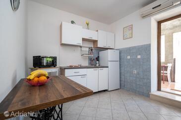 Preko, Kitchen in the apartment, (pet friendly).