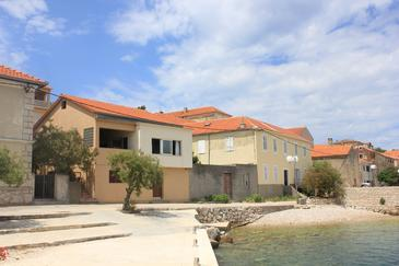 Sali, Dugi otok, Property 8194 - Apartments near sea with pebble beach.
