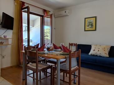 Dobropoljana, Столовая в размещении типа apartment, доступный кондиционер, Домашние животные допускаются и WiFi.