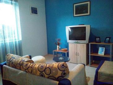 Dobropoljana, Living room in the apartment, dostupna klima, dopusteni kucni ljubimci i WIFI.