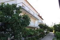 Apartments by the sea Kali (Ugljan) - 8203