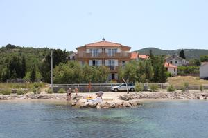 Apartments by the sea Banj, Pasman - 8206