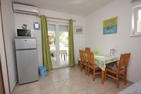 Apartments with a parking space Kraj (Pašman) - 8213