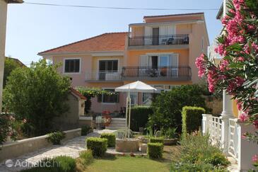 Pašman, Pašman, Property 8223 - Rooms by the sea.