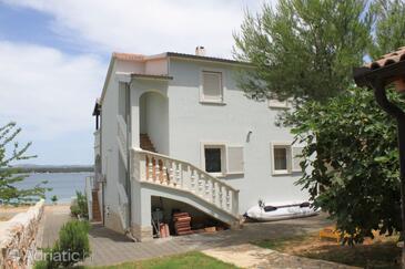 Tkon, Pašman, Property 8231 - Apartments by the sea.