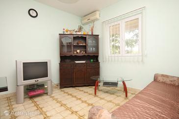 Guduće, Living room in the apartment, dostupna klima i WIFI.