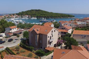 Kukljica, Ugljan, Property 8253 - Apartments near sea with pebble beach.