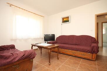 Ugljan, Obývací pokoj v ubytování typu apartment, domácí mazlíčci povoleni a WiFi.