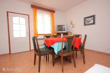 Kraj, Dining room 1 in the house, dopusteni kucni ljubimci i WIFI.