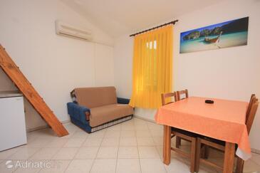 Kraj, Living room 1 in the apartment, dostupna klima i WIFI.