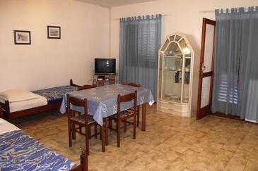 Kukljica, Jídelna v ubytování typu apartment, domácí mazlíčci povoleni.