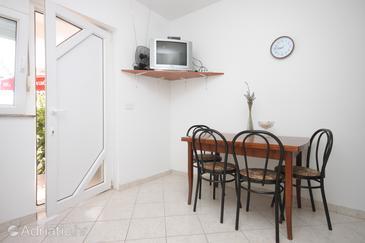 Preko, Jídelna v ubytování typu apartment, domácí mazlíčci povoleni.