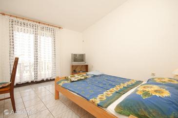 Ždrelac, Living room in the apartment, dopusteni kucni ljubimci.