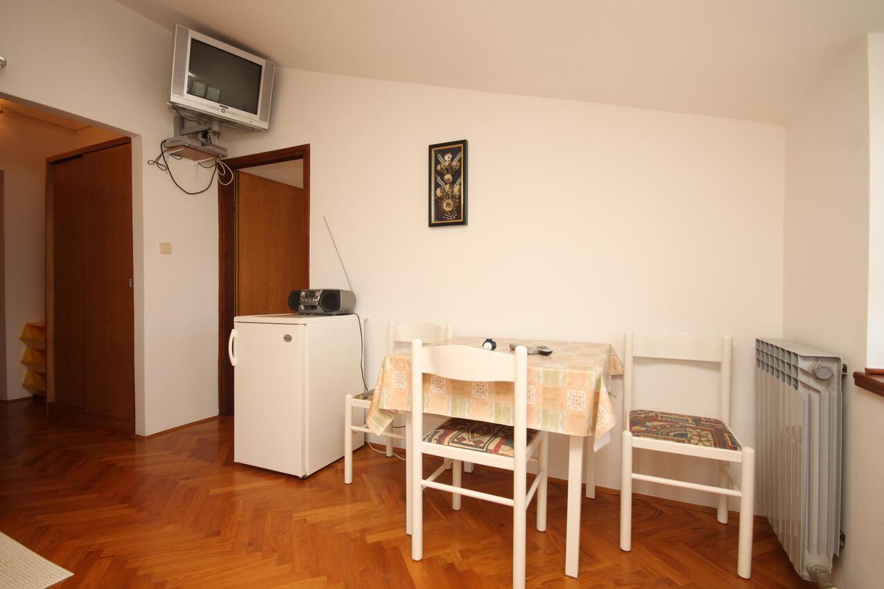 Ferienwohnung im Ort Neviane (Paaman), Kapazität 4+1 (2039207), Nevidane, Insel Pasman, Dalmatien, Kroatien, Bild 2