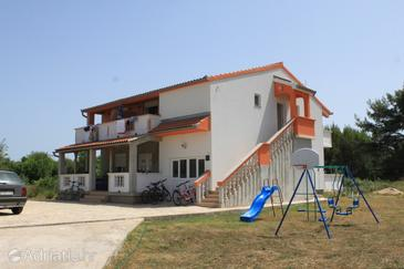 Pašman, Pašman, Property 8274 - Apartments near sea with sandy beach.