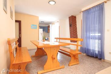 Dobropoljana, Dining room in the apartment, WIFI.
