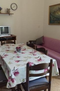 Kukljica, Dining room in the apartment, WIFI.