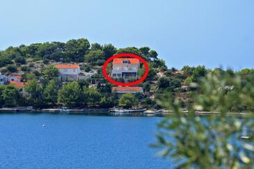 Skrivena Luka, Lastovo, Property 8280 - Apartments near sea with pebble beach.