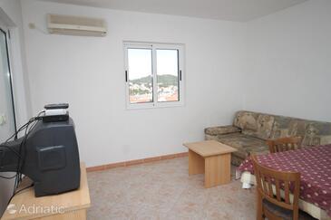 Kukljica, Living room in the apartment, dostupna klima i dopusteni kucni ljubimci.