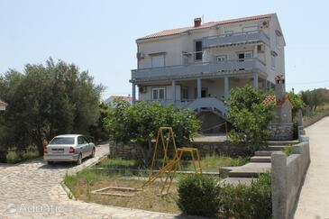 Kukljica, Ugljan, Property 8284 - Apartments with pebble beach.