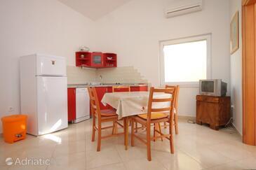 Ždrelac, Столовая в размещении типа apartment, доступный кондиционер, Домашние животные допускаются и WiFi.