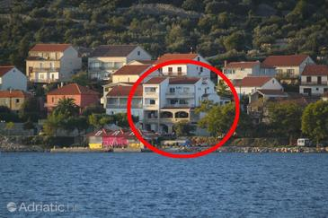 Tkon, Pašman, Property 8300 - Apartments and Rooms by the sea.