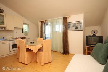 Zaklopatica, Столовая в размещении типа apartment, WiFi.