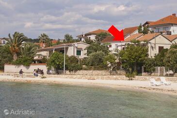 Okrug Gornji, Čiovo, Property 8330 - Apartments near sea with pebble beach.