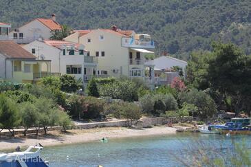 Grebaštica, Šibenik, Объект 8333 - Апартаменты вблизи моря с галечным пляжем.