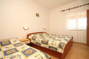 Bedroom    - A-8341-b
