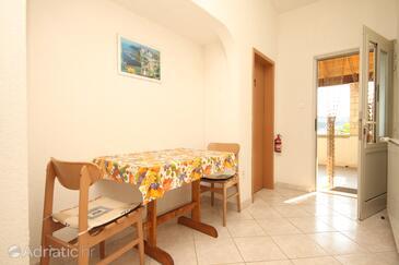 Dining room    - A-8341-b