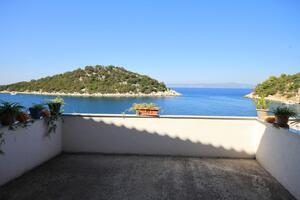 Apartments by the sea Zaklopatica, Lastovo - 8342