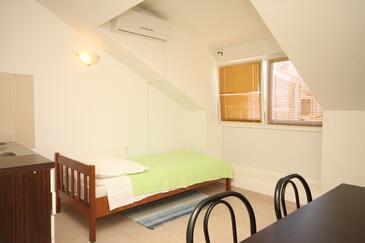 Lastovo, Jídelna v ubytování typu apartment, s klimatizací a WiFi.