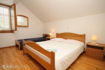 Bedroom    - A-8346-c