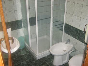 Bathroom    - A-8346-d