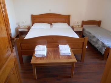 Bedroom    - A-8346-d