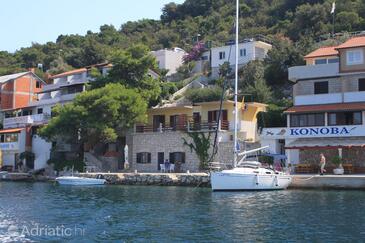 Zaklopatica, Lastovo, Property 8347 - Apartments by the sea.